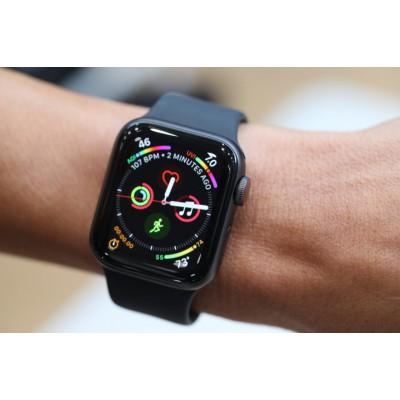 اپل واچ سری ۴ سایز ۴۰ میلیمتری دست دوم | Apple Watch S4 40mm