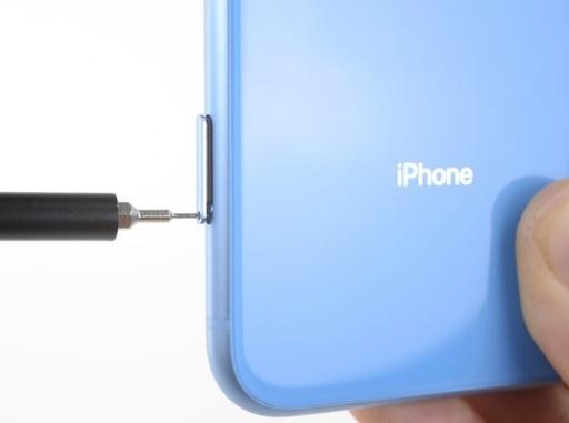 تعویض سیم کارت آیفون XR اپل