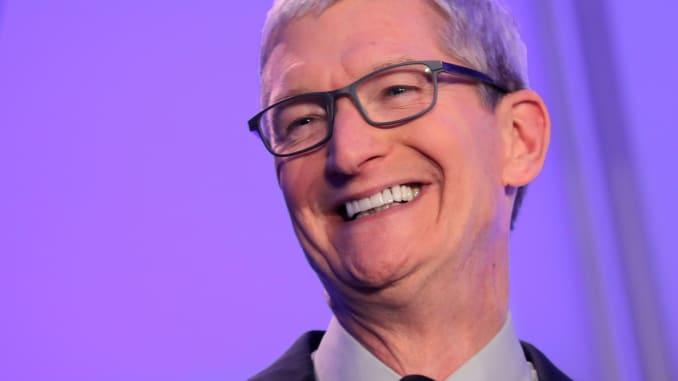 تیم کوک مدیرعامل شرکت اپل